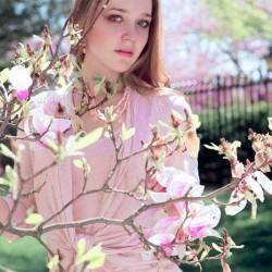 2. Елизавета Агладзе – российская принцесса цветения сакуры 2011. Фото Натальи Храмовой